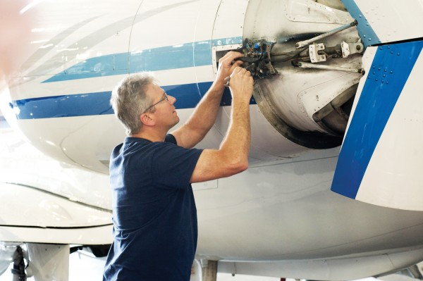 Worldwide Embry-Riddle Associates Aviation Maintenance